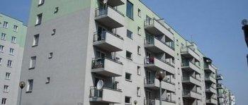 Krowodrza Górka, ul. Kluczborska 27Termin realizacji: IV kwartał 2001Pięciopiętrowy, dwuklatkowy blok mieszkalny przy ul. Kluczborskiej 29, składający się z 40 mieszkań oddano do użytku w 2001 roku.