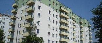 Krowodrza Górka, ul. Fieldorfa-Nila 10Termin realizacji: IV kwartał 2005Siedmiopiętrowy, dwuklatkowy budynek jest pierwszym wybudowanym w północnej części realizowanego osiedla. W budynku znajdują się 93 mieszkania oraz 6 lokali użytkowych. Ich łączna powierzchnia użytkowa wraz z pomieszczeniami przynależnymi wynosi ok. 5100 m2.
