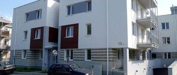 Zakrzówek, ul. Pychowicka 18JTermin realizacji: III kwartał 2015W budynku zaprojektowano 39 mieszkań o powierzchniach od 30 do 62 m2. W inwestycji znajdą się również miejsca postojowe usytuowane w podziemnym garażu wielostanowiskowym.