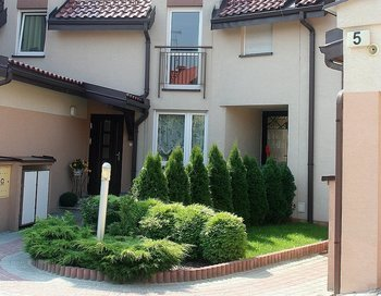 """""""Osiedle Czeppe""""  Domy w zabudowie szeregowej to jedna z naszych pierwszych zrealizowanych inwestycji."""